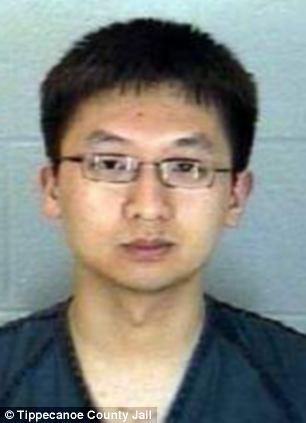 普度大学三名24岁亚裔学生黑教授电脑 改成绩 遭起诉