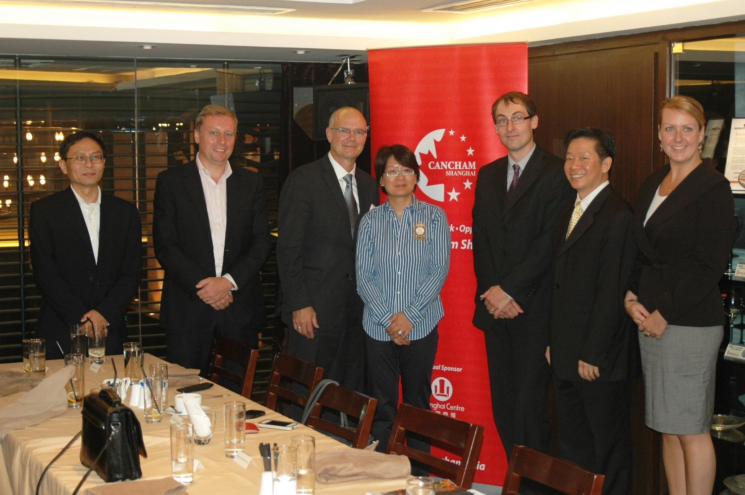 2012年10月22日:  上海商会午膳