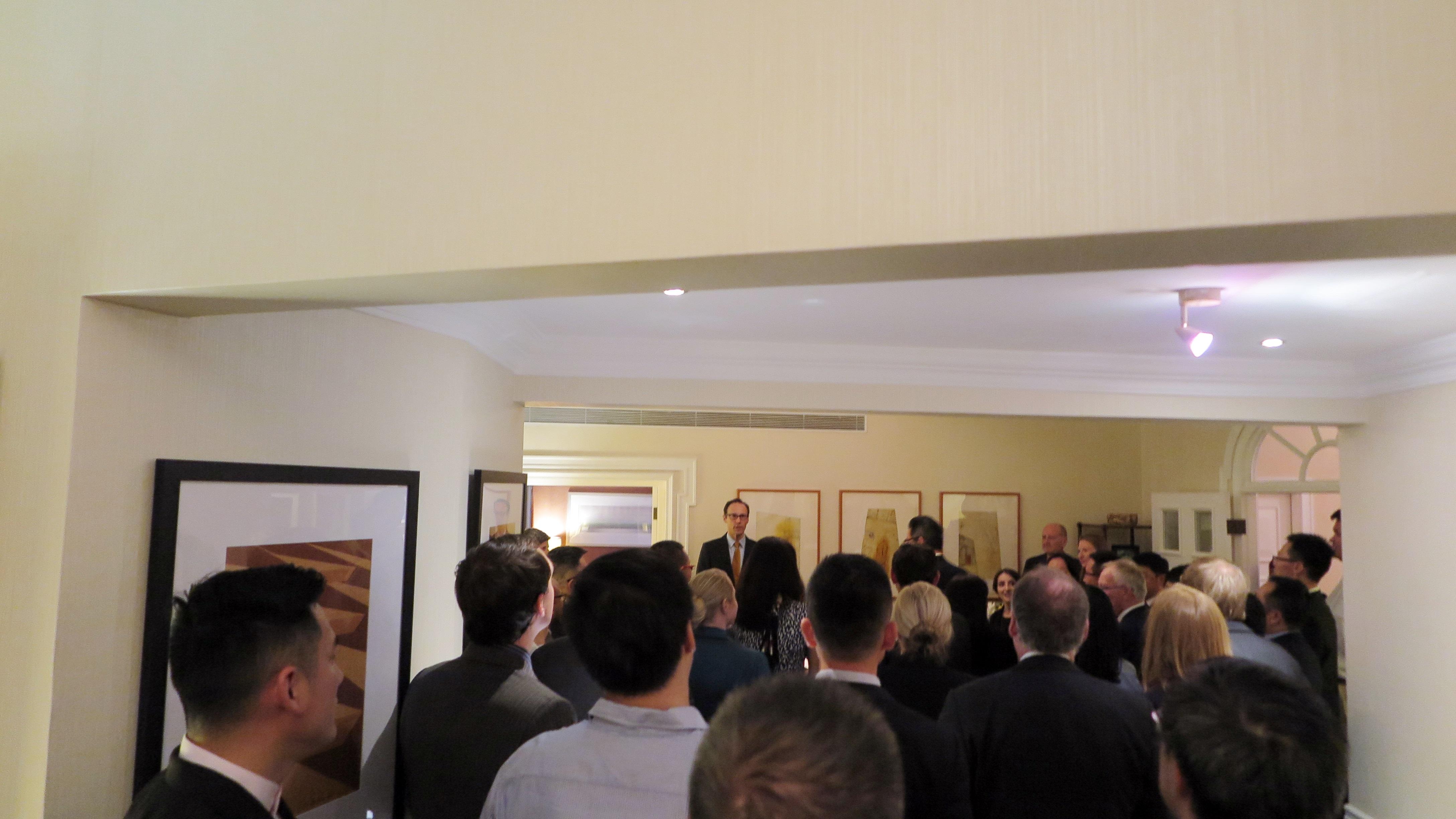 加拿大驻上海总领事 Mr. Epp 先生发表讲话