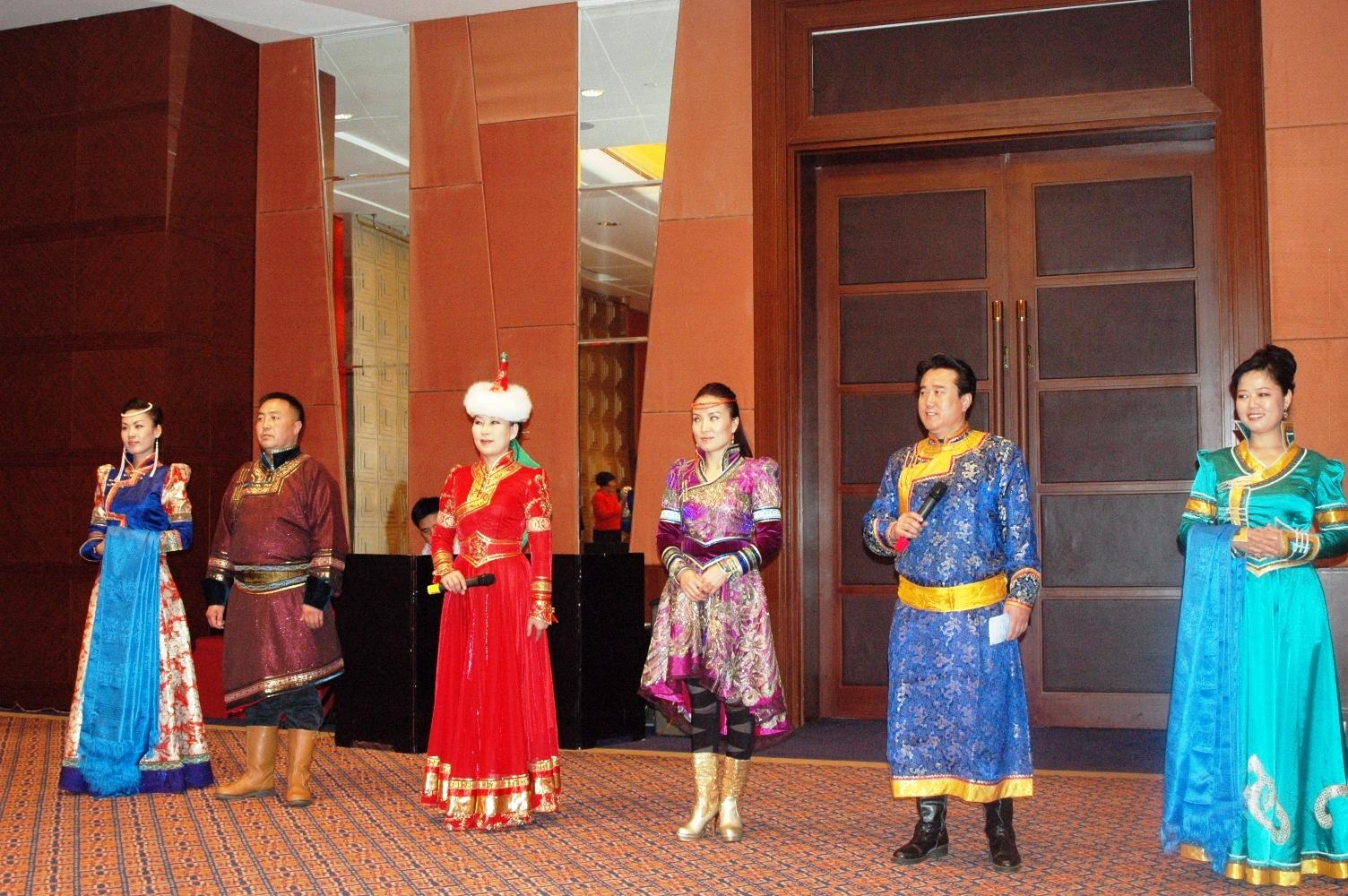 蒙古族的演员们