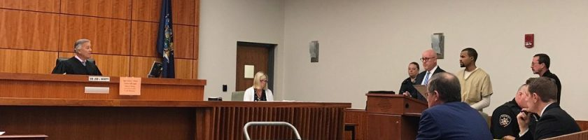 2017年9月25日,卡梅伦·伊萨克(Cameron Isaac)在奥农多加法庭上被判终身监禁。 YUEQI YANG